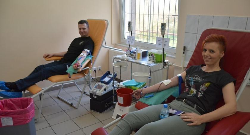 Akcje społeczne i charytatywne, Kartuzy Dzielili krwią Zebrali niemal litrów - zdjęcie, fotografia