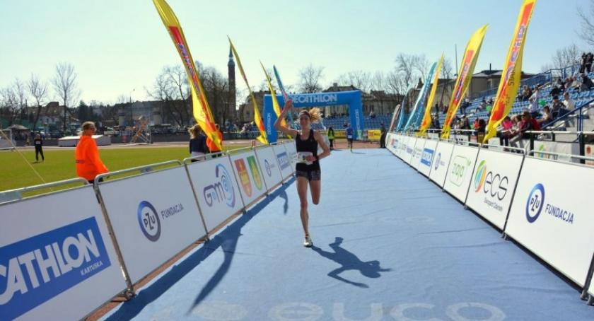 Biegi, Dominika Nowakowska druga Półmaratonie Poznańskim! - zdjęcie, fotografia