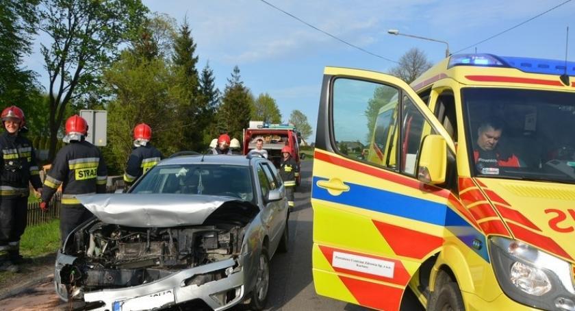 Wypadki, Łapalice Kolizja udziałem czterech pojazdów - zdjęcie, fotografia