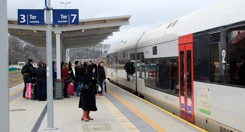 Transport, Pociągi znikną Kaszub Dołącz akcji podpisz petycję stało - zdjęcie, fotografia