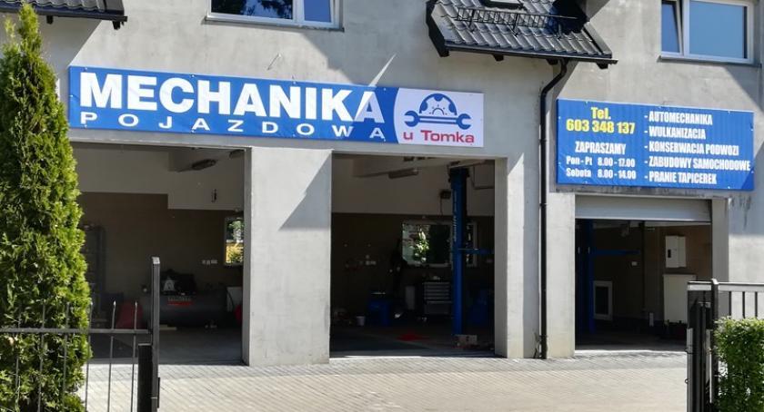 Artykuł sponsorowany, porządki samochodzie Odwiedź Mechanikę samochodową Tomka Borowie - zdjęcie, fotografia