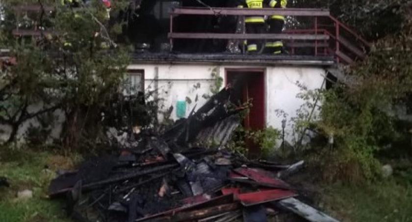Pożary, Gołubie Spłonął domek letniskowy - zdjęcie, fotografia