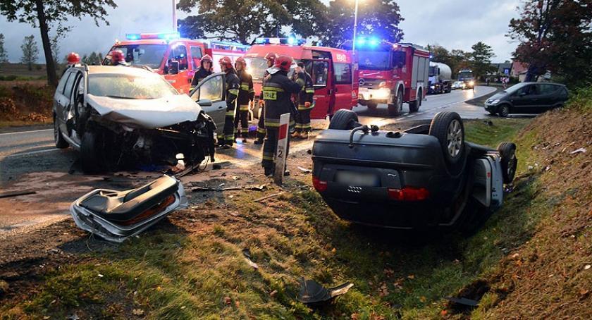 Wypadki, osoby ranne wypadku krajowej dwudziestce - zdjęcie, fotografia