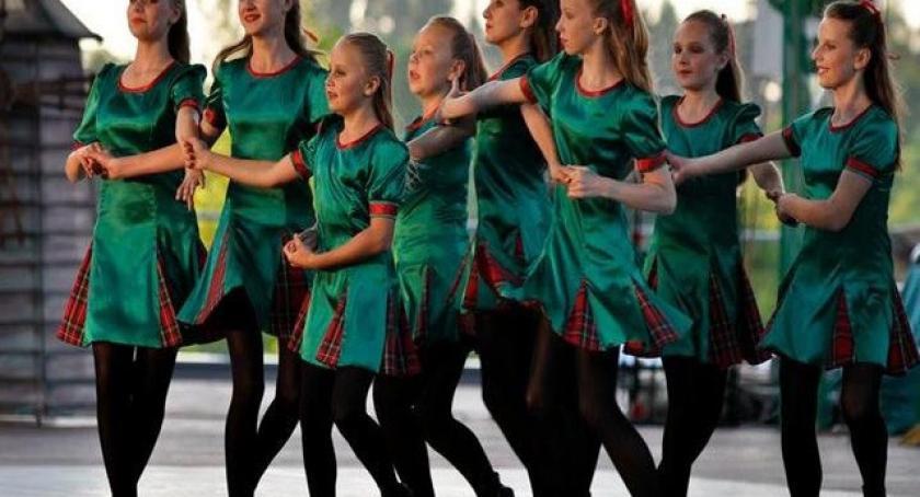 Taniec, Perełki trzecie Festiwalu Kultury Młodzieży Szkolnej - zdjęcie, fotografia