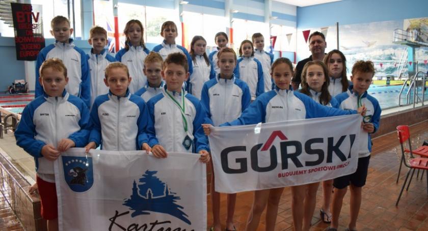 Pływanie, Medale kartuskich pływaków międzynarodowych zawodach Niemczech - zdjęcie, fotografia