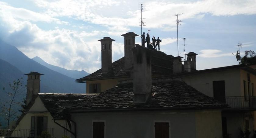 Biznes i finanse, Kominiarz pamiętaj przeglądzie komina skorzystaj pomocy najlepszych fachowców - zdjęcie, fotografia