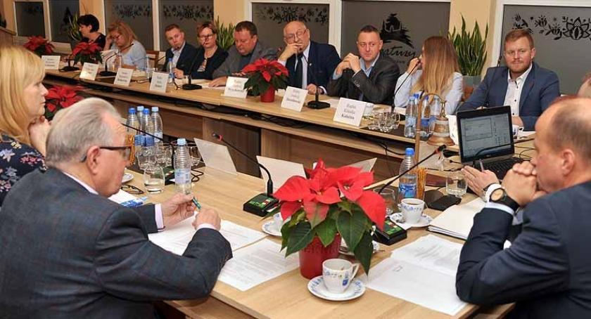 Wieści z samorządów, Kartuzy Radni wybrali składy komisji stałych - zdjęcie, fotografia