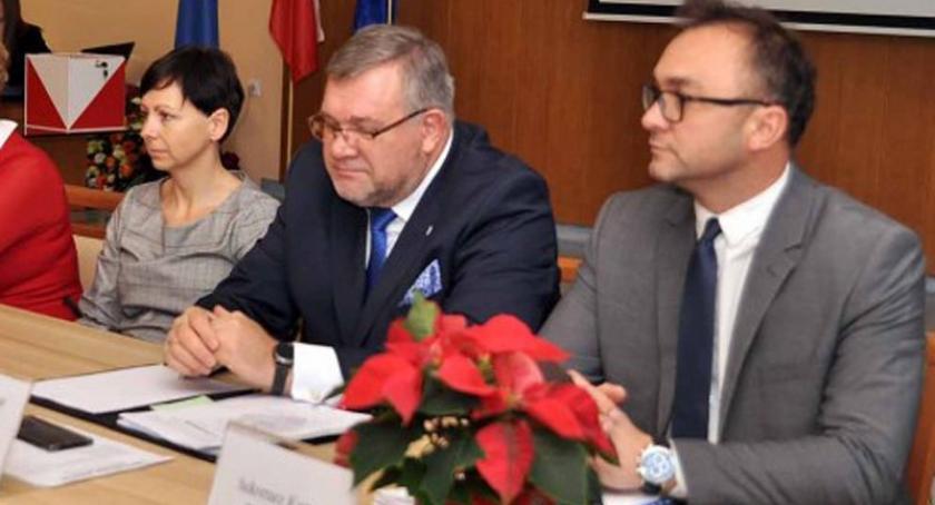 Wieści z samorządów, Tomasz Nadolny sekretarzem kartuskim urzędzie - zdjęcie, fotografia
