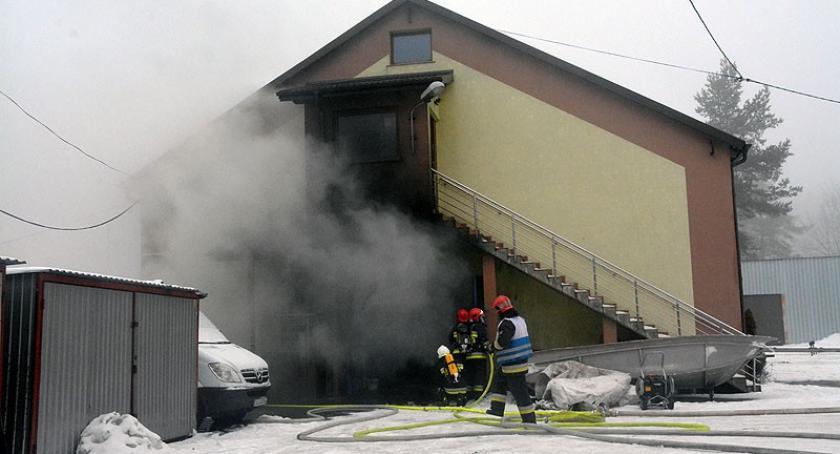 Pożary, Pożar zakładu produkcyjnego Burchardztwie - zdjęcie, fotografia
