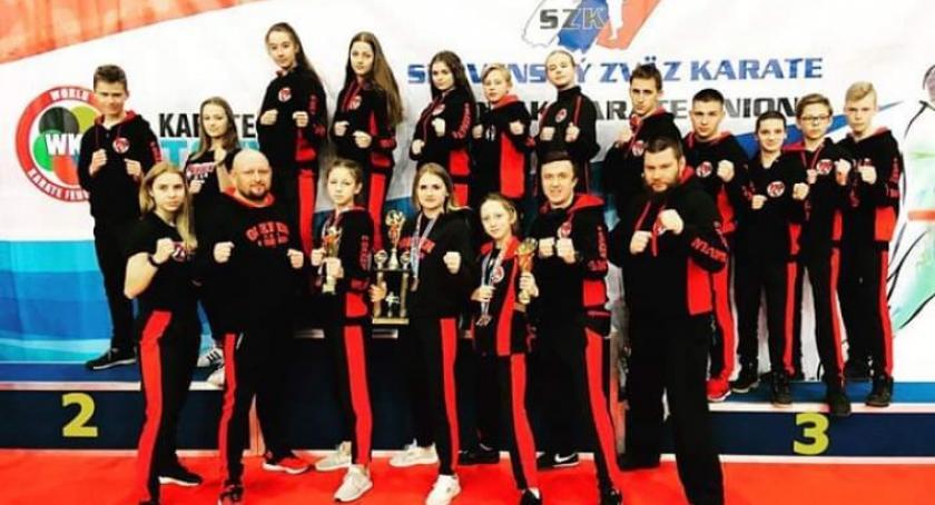 Sporty walki, Sukces karateków Gokken Słowacji - zdjęcie, fotografia