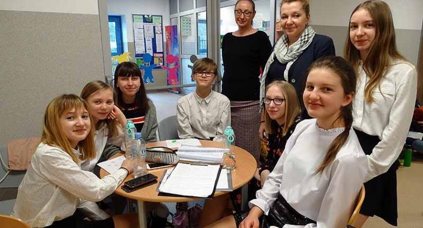 Szkoły podstawowe, Banino Dzień Otwarty pozwolił rodzicom lepiej poznać szkołę - zdjęcie, fotografia