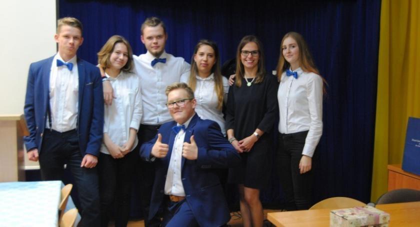 Szkoły średnie, Zapraszamy Zespołu Szkól Ponadgimnazjalnych Somoninie! - zdjęcie, fotografia