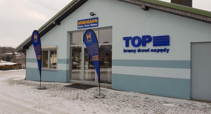 Biznes i finanse, Firma Grzybna najlepsze bramy drzwi napędy Kaszubach - zdjęcie, fotografia