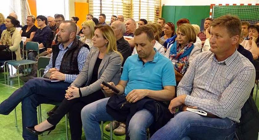Interwencje, Borkowo Mieszkańcy Karlikowskiej Leśnej chcą zmian lepsze - zdjęcie, fotografia