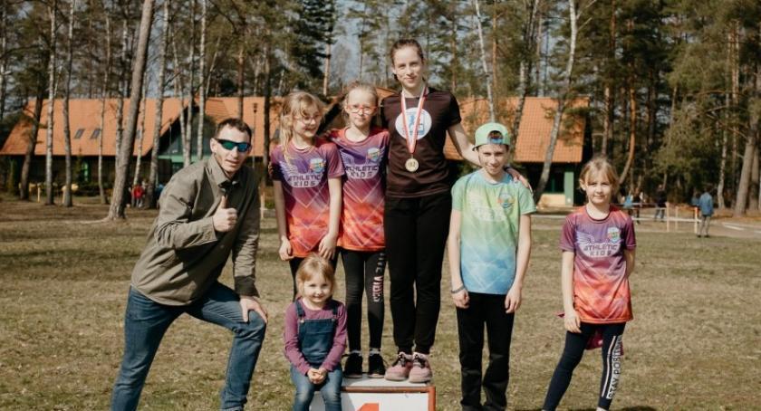 Biegi, Julia Gruchała mistrzynią Polski biegach przełajowych Igrzysk Młodzieży Szkolnej - zdjęcie, fotografia