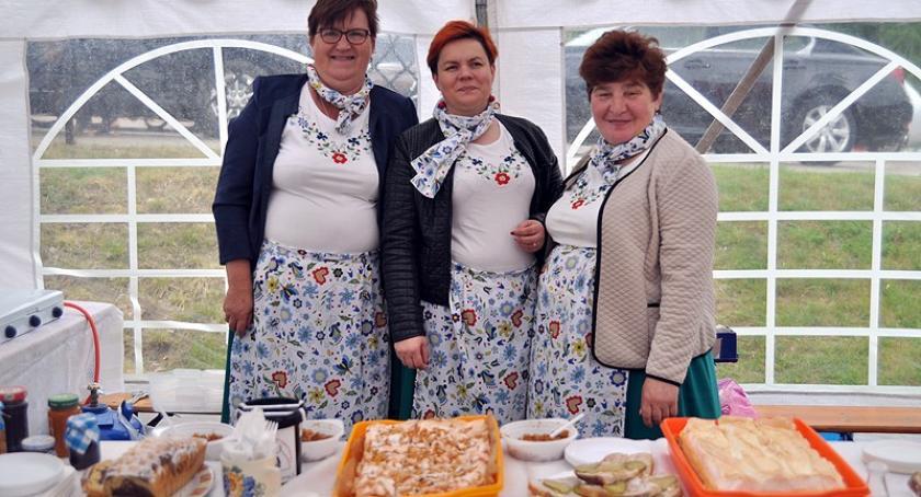 Akcje społeczne i charytatywne, Podaruj serce zorganizowali festyn wesprzeć budowę hospicjum - zdjęcie, fotografia