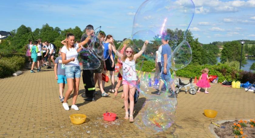 Imprezy, Festyn Rodzinny Jeziorem Wielkim Miechucinie - zdjęcie, fotografia