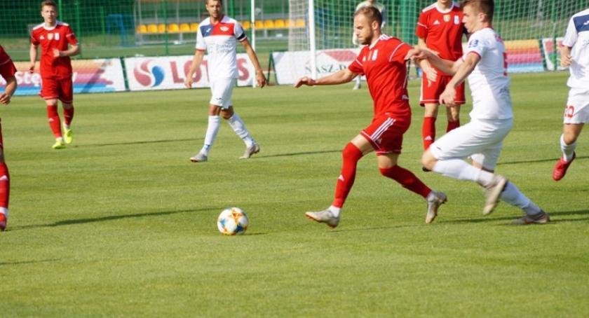 Piłka nożna, Zwycięstwo Raduni Stężycy Polonią zakończenie sezonu - zdjęcie, fotografia