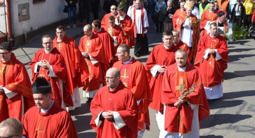 Religia, Roszady parafiach sprawdź jakie nastąpią zmiany personalne - zdjęcie, fotografia
