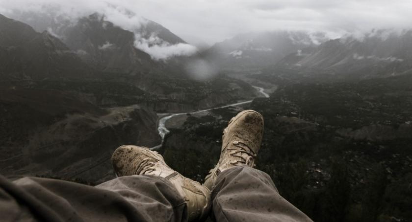 Artykuł sponsorowany, dokonać dobrego wyboru butów trekkingowych - zdjęcie, fotografia