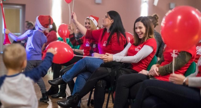 Akcje społeczne i charytatywne, Dołącz grona wolontariuszy Szlachetnej Paczki Akademii Przyszłości - zdjęcie, fotografia