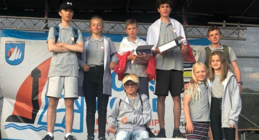 Żeglarstwo, Paweł Kajeta Tymoteusz Roszkowski Lamelka podium Mistrzostw Świata klasie Cadet - zdjęcie, fotografia