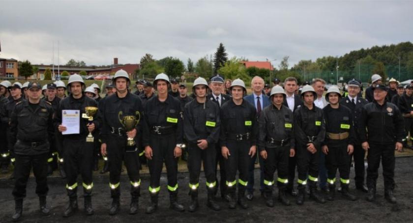 Straż pożarna, Strażacy Czeczewa najlepsi powiatowych zawodach sportowo pożarniczych - zdjęcie, fotografia