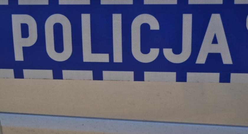 Kronika policyjna, latek stracił prawo jazdy jazdę podwójnym gazie - zdjęcie, fotografia