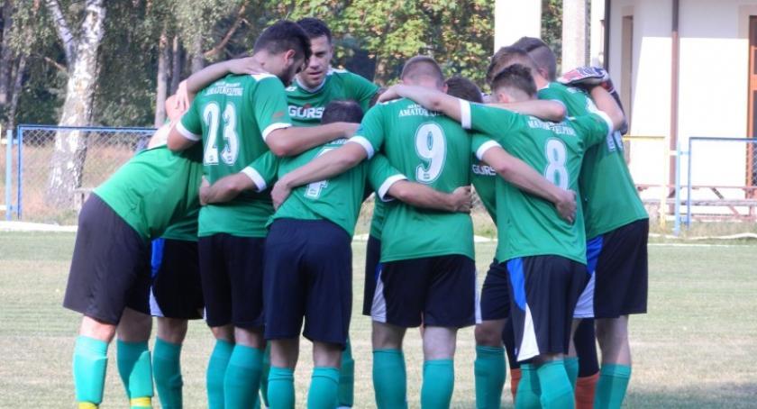 Piłka nożna, Amator Kielpino serią zwycięstw początek piłkarskiego sezonu - zdjęcie, fotografia