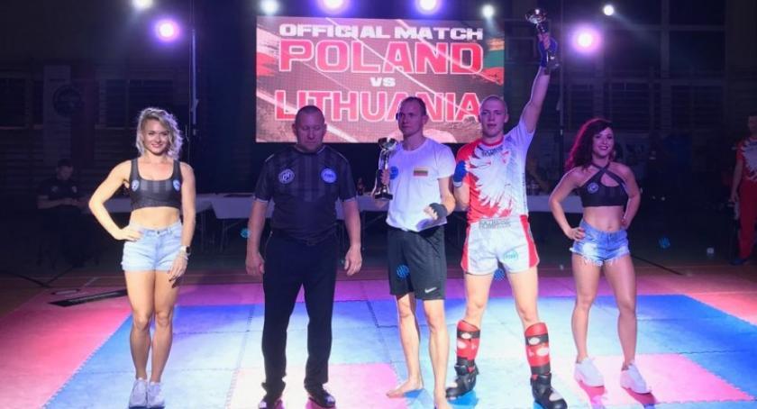 Sporty walki, Kapitalny początek jesieni Rebelii - zdjęcie, fotografia
