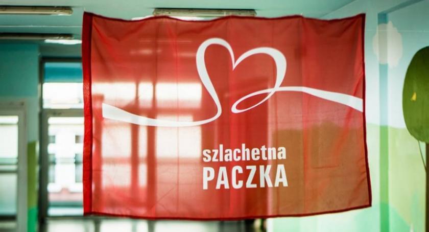 Pomoc społeczna, socjalna, Sierakowice Otwórz serce ludzi zostań liderem Szlachetnej Paczki - zdjęcie, fotografia