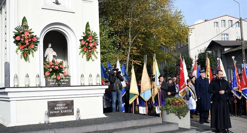 Uroczystości patriotyczne, Kartuzach świętowano dzień patrona Brunona - zdjęcie, fotografia