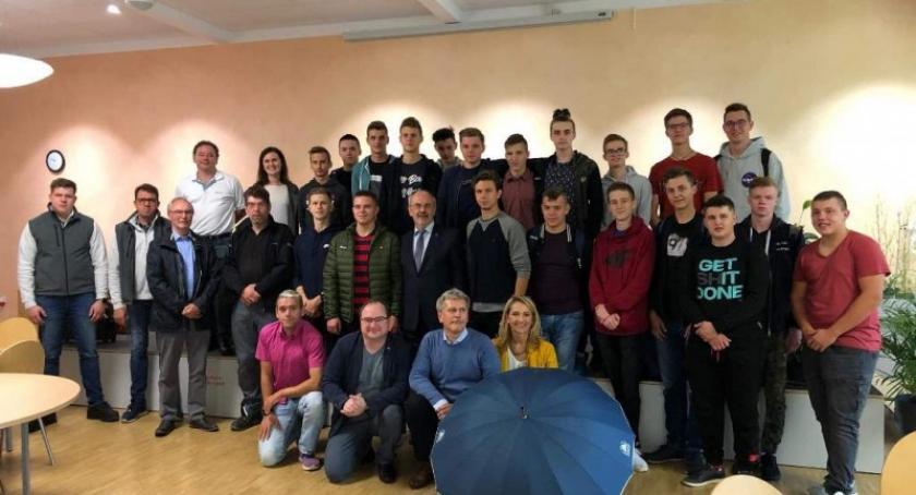Szkoły średnie, Uczniowie zdobywali doświadczenie zawodowew Duderstadt - zdjęcie, fotografia