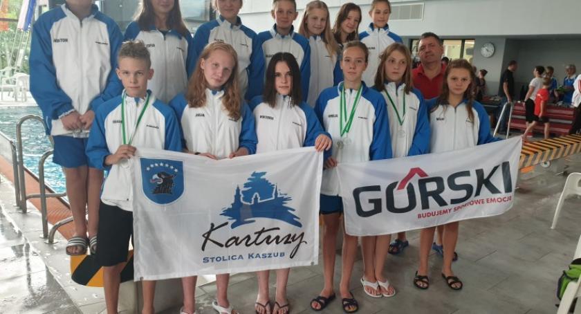 Pływanie, medali kartuskich pływaków międzynarodowych zawodach Bremen - zdjęcie, fotografia