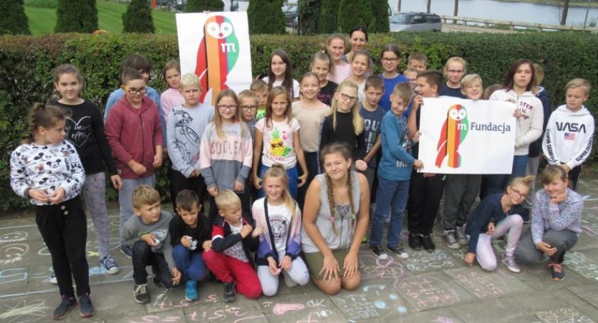 Szkoły podstawowe, Mściszewice Szkoła Podstawowa czwarty zdobyła grant mPotęgi - zdjęcie, fotografia