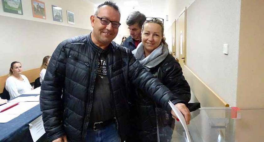 Wybory, głosowano Żukowie - zdjęcie, fotografia