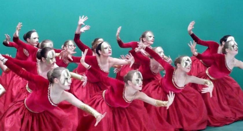 Taniec, piątek Rapsodia zatańczy Polsacie - zdjęcie, fotografia