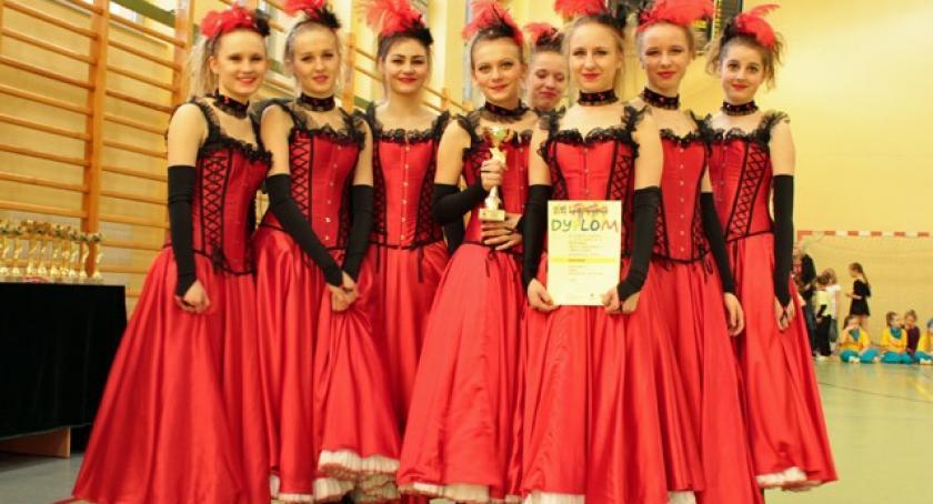 Taniec, Potrójna korona Rapsodii - zdjęcie, fotografia