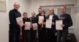 Kartuzy. Nagrodzono zwycięzców zawodów strzeleckich z okazji święta Niepodległości
