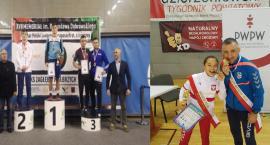 Aleksander Mielewczyk z Pucharem Polski juniorów w zapasach. Dominika Konkel mistrzynią Polski