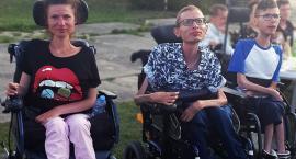 Somonino. Trójka niepełnosprawnego rodzeństwa marzy o własnym domu - możesz pomóc