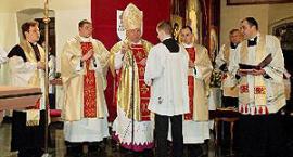KONSEKRACJA OŁTARZA w kościele pw. św. Kazimierza