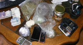 Trzymał prawie pół kilograma narkotyków w słoikach, posiedzi nawet 8 lat