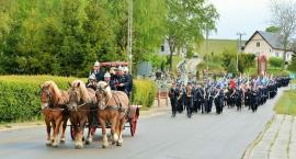 Strażacy pielgrzymowali do stóp Królowej Kaszub