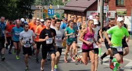 Setki biegaczy na trasie Kartuskiej