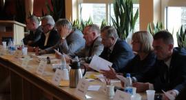 Kartuzy. Zmiany w budżecie - radni pytają o sensowność inwestycji i zaciągania kredytów