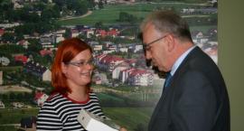 Sierakowice. Zwyciężczyni konkursu z aplikacją Evenio odebrała tablet