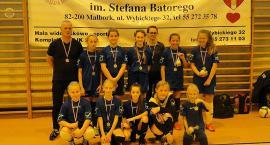Piłkarki z Sierakowic zadebiutowały na turnieju w Malborku