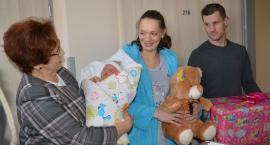 Estera Wiśniewska z Gowidlina pierwszym dzieckiem urodzonym w 2017 w Kartuzach