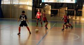Turniej Piłki Nożnej Halowej w Kiełpinie rocznika 2008 - zwycięstwo Cartusii 1923 Kartuzy